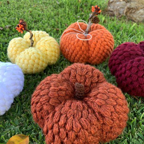 puff stitch pumpkin for blog post